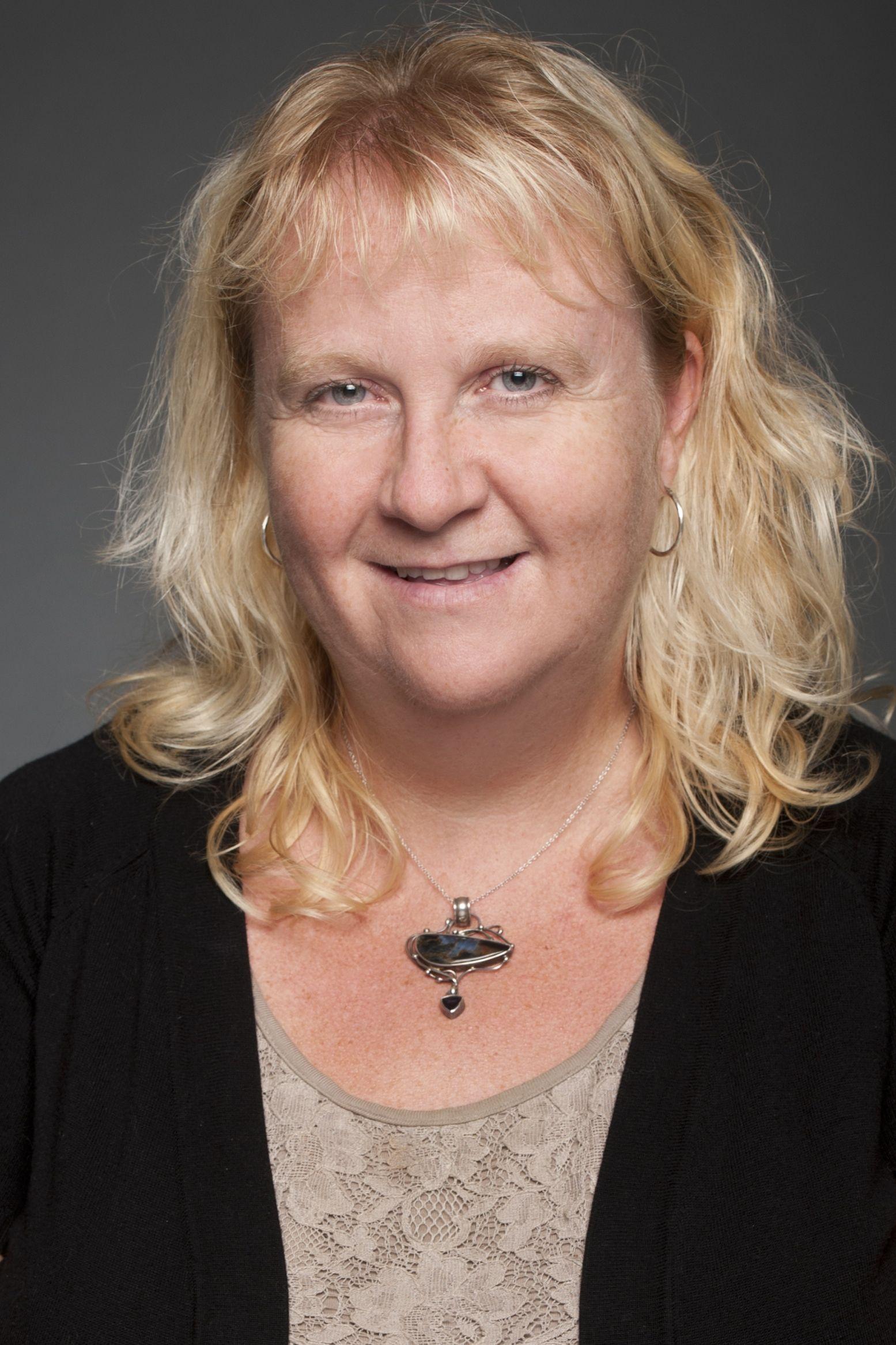 Helga Dumontier