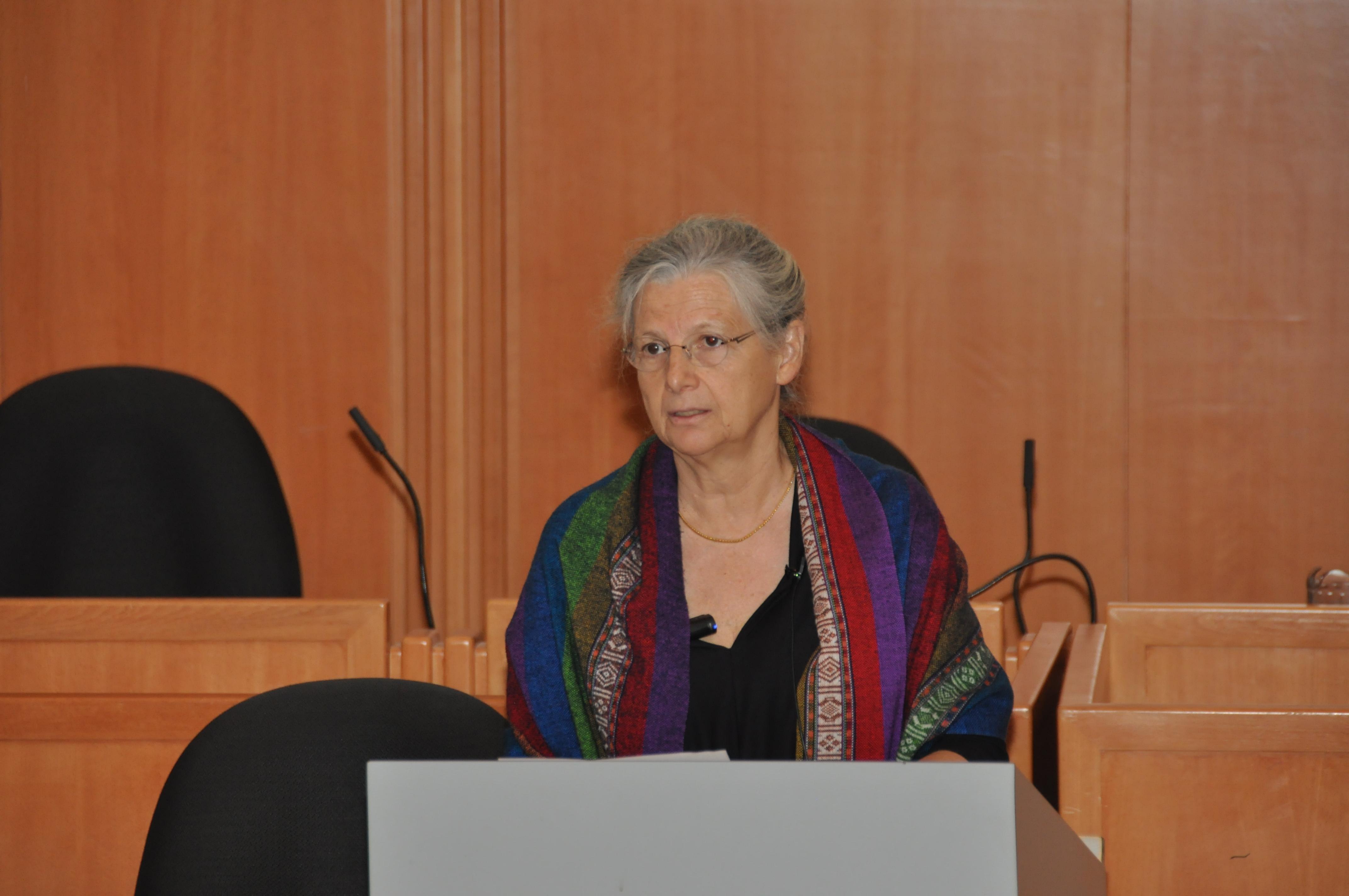 Annie Thébaud-Mony